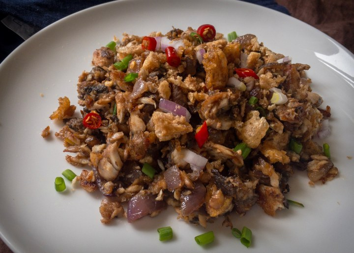 how to cook bangus sisig